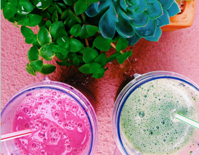 red and green smoothies