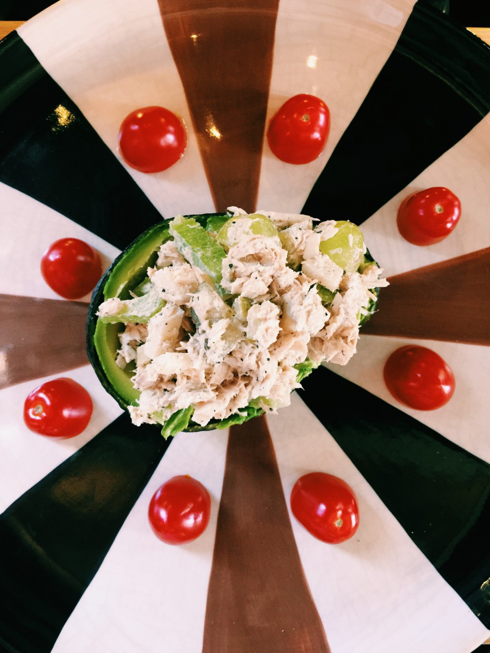 avocado tuna